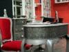 Detalle mesa mesa de la peluquería Coronado en Hospitalet